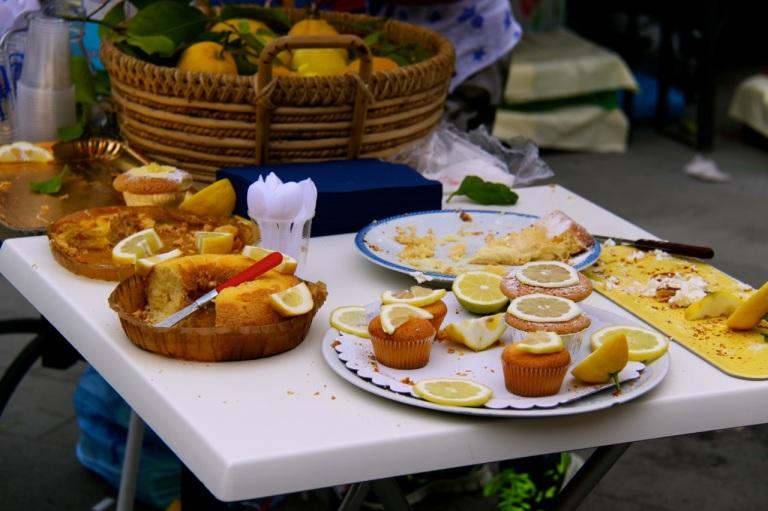 Lemon Cakes. Photo Vivie Bjørnstad
