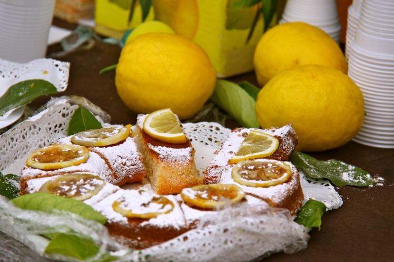 More Lemon Cake. Photo Vivie Bjørnstad