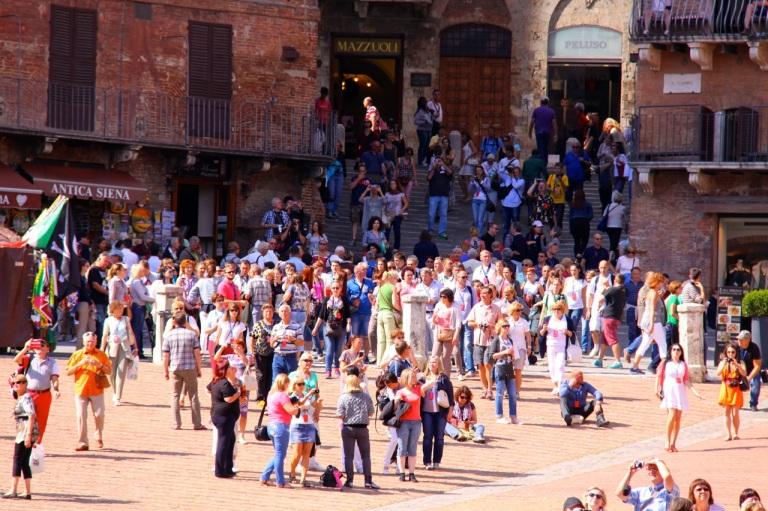 Tourists at Piazza del Campo